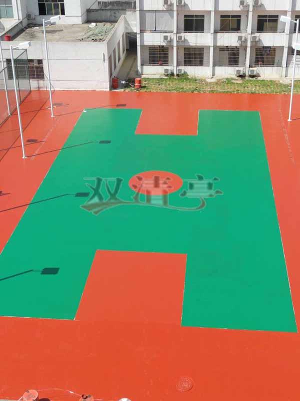 邵阳市宝庆电厂硅pu球场塑胶篮球场球场面漆辊完后效果